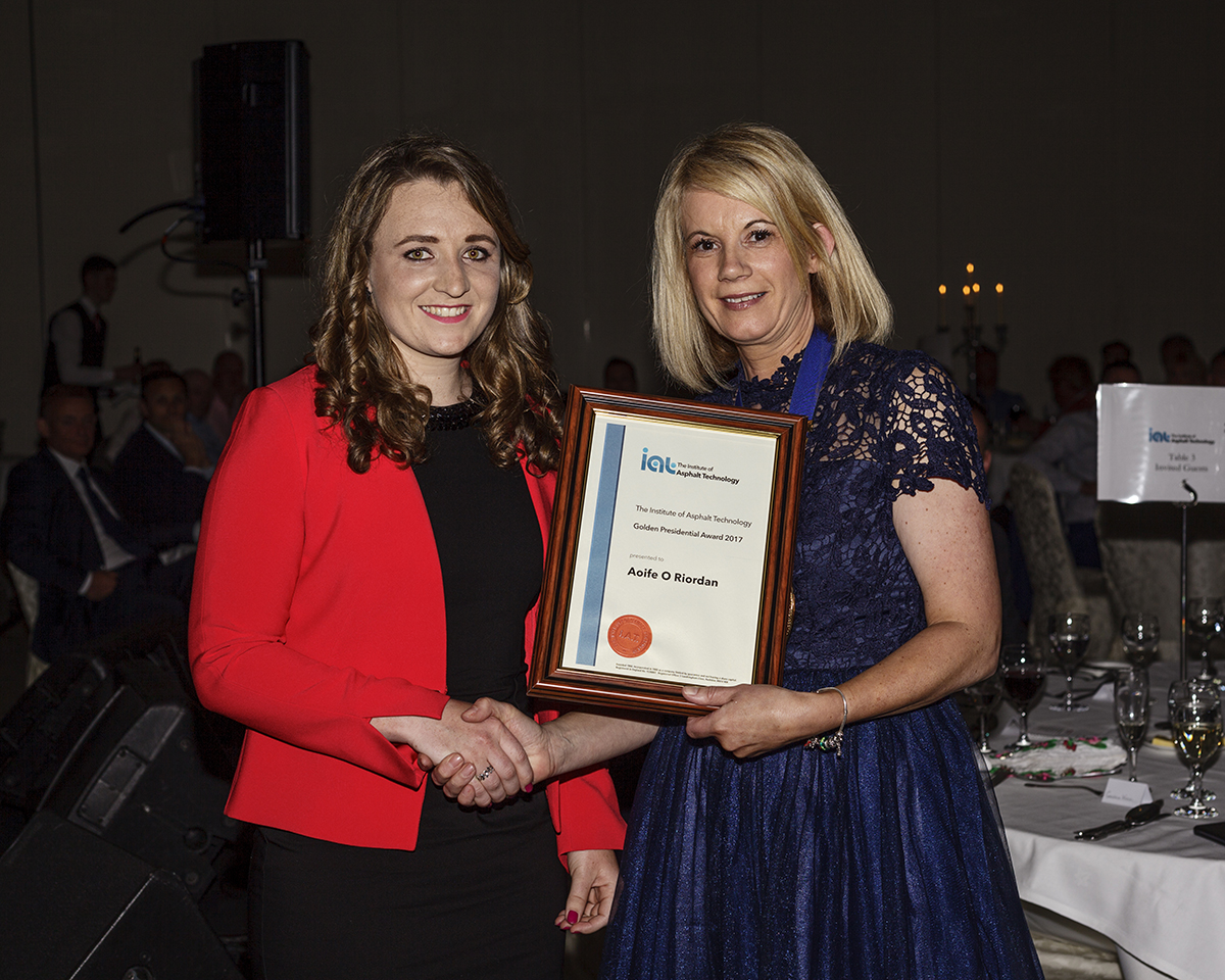 Golden Award Winner Aoife O'Riordan with Geraldine Walsh.